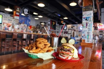 Why The Burger Joints Are Gaining Such Popularity?